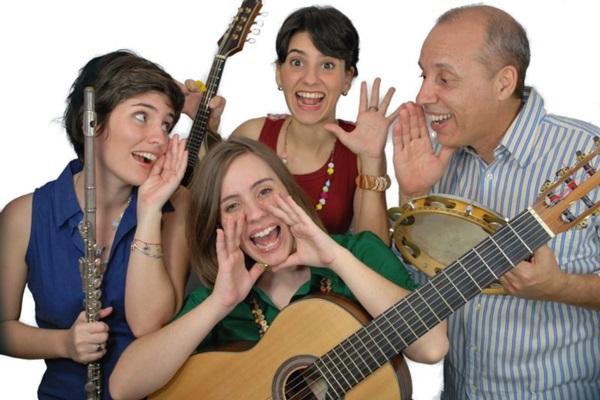 Show do grupo Choro das três terá como base o disco Pé de choro (Cristina Meyer/Divulgação)
