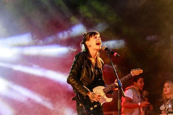 A cantora Adriah vai participar do showvase Cante como uma mulher (Pedro Camargo/Divulgação)