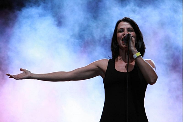 Célia Porto cantará sucessos da Legião Urbana, como Pais e filhos.    (Lula Lopes/Esp. CB/D.A Press)