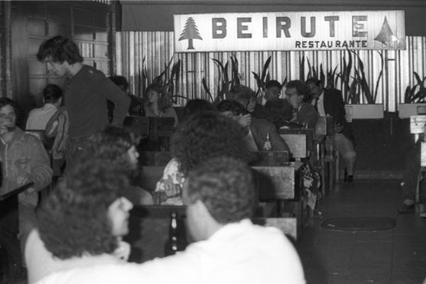 Inaugurado em 1966, o Beirute se estabeleceu como ponto tradicional em Brasília (Jefferson Pinhheiro/CB/D.A Press)