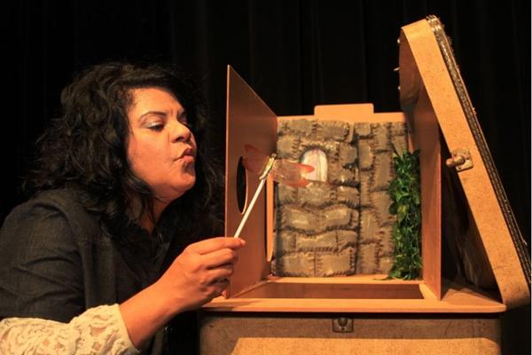 A técnica de teatro lambe-lambe é uma novidade nos palcos e ganha festival no CCBB (Lula Lopes/Divulgação)