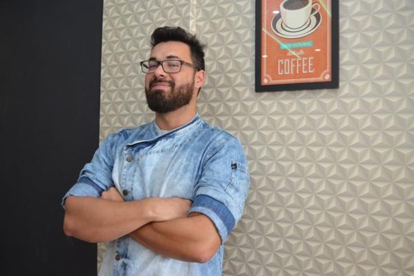 O chef Fábio Marques dá dicas para se fazer um PF perfeito  (Ana Carneiro/Esp. CB/D.A Press)