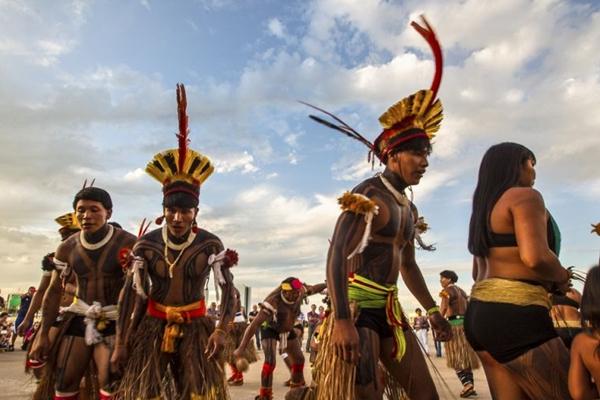 Nestes sábado e domingo, os yawalapíti fazem apresentações e visitas guiadas (Olivier Boëls/Divulgação)