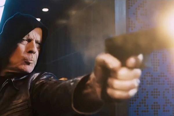 Bruce Willis vive o Paul Kersey dos anos 2000 (MGM/Divulgação)