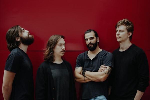 Brasilienses apresentam turnê do terceiro álbum de estúdio  (Breno Galtier/Divulgação)