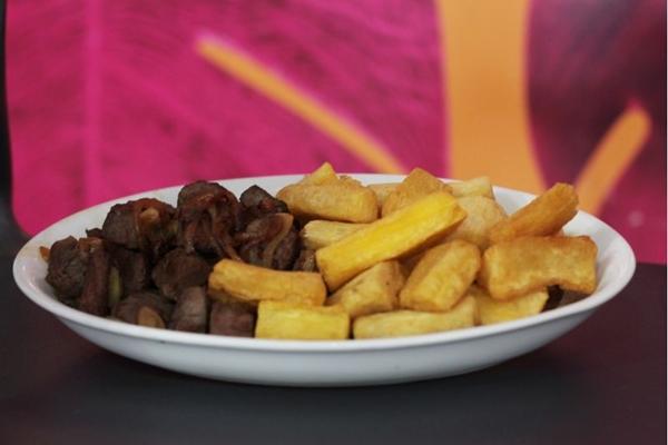 Hambúrgueres, pratos vegetarianos e petiscos são servidos em casas de Brasília (Bárbara Cabral/Esp. CB/D.A Press)