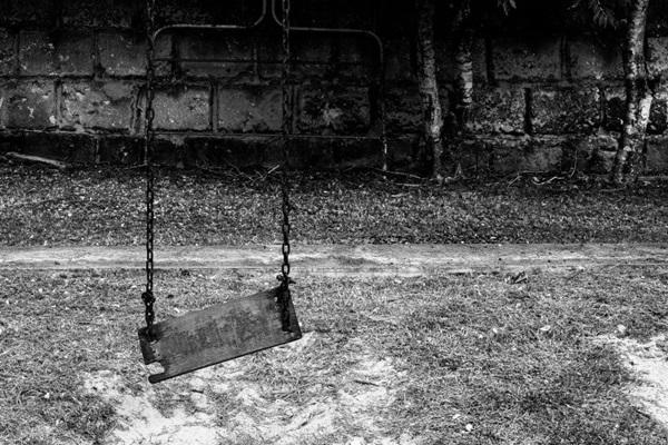 O trabalho de Arnaldo Saldanha combate a banalidade da fotografia na internet  (Arnaldo Saldanha/Divulgacao)
