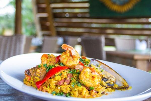 A paella valenciana é um dos pratos típicos da Espanha (Rômulo Juracy/Divulgacao)