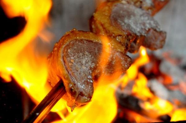 Paulo Picanha: o ideal é que a carne seja cortada na frente do cliente (Antonio Cunha/CB/D.A Press)