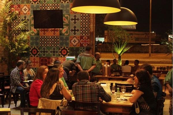 O restaurante 'Mandaka' é uma das opções (Viola Júnior/Esp. CB/D.A Press)