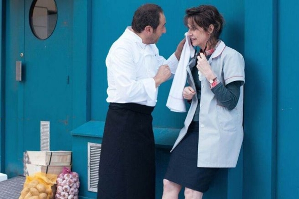 A comédia conta com Sabine Haudepine, que estreia como corroteirista (CineArt Filmes/Divulgação)