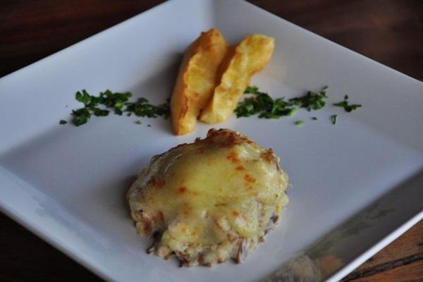 Escondidinho de carne de sol do Mangai (Paula Rafiza/Esp. CB/D.A Press)