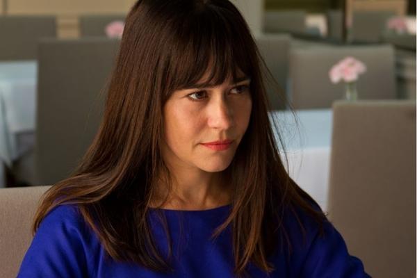 Alessandra Negrini salva elenco histérico de Mulheres alteradas  (Ariela Bueno/Divulgação)