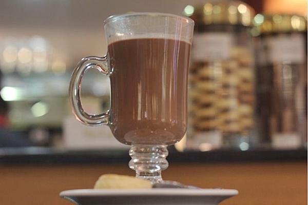 Chocolate quente martin do Kopenhagen, no Conjunto Nacional ( Bárbara Cabral/Esp. CB/D.A Press)