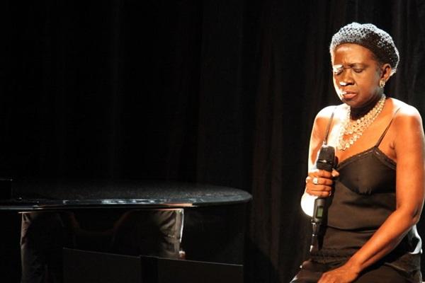 Áurea Martins será uma das homenageadas do Cerrado Jazz ( Juliana Torres/Divulgação)