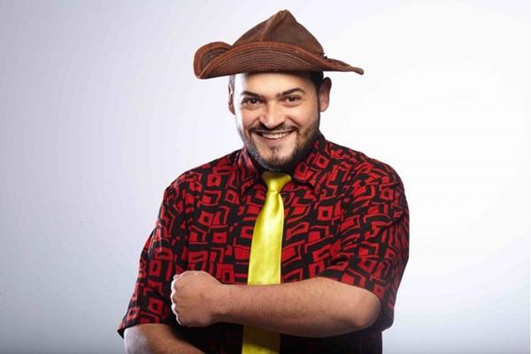 Matheus Ceará fala da doença ao nascimento da filha em stand up comedy  (Arquivo pessoal)