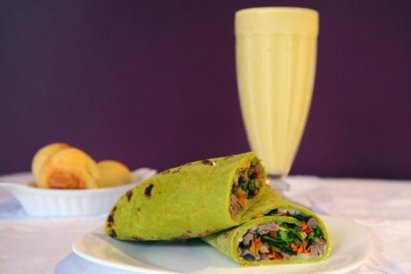 No Mesclattino, os combinados vêm com um sanduíche e um smoothie (Gilberto Alves/CB/D.A Press)