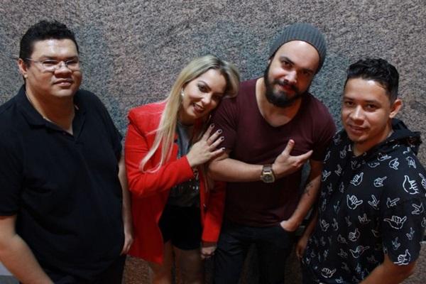 A banda Discolada se apresenta na Cervejaria Criolina  (Robinson Jamal/Divulgação)