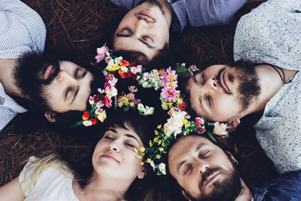 A Banda Mais Bonita da Cidade fará show nesta sexta-feira (31), no  Clube dos Previdenciários (Breno Galtier/Divulgação)
