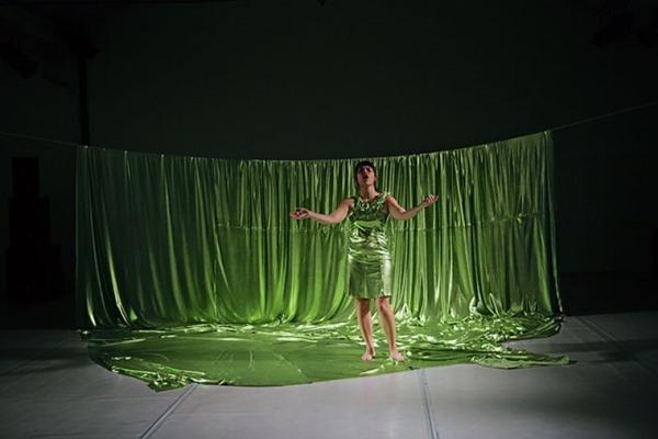 Com mistura de meios, a performance promete chamar a atenção do público (Tancarvillenuno Marcelino/Divulgação)