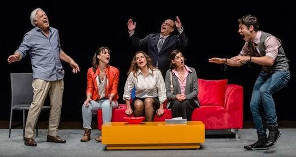A peça é uma adaptação de um espetáculo argentino (Caio Galucci/Divulgação)