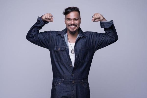 Após seis meses afastado dos palcos, Bruno Cardoso está de volta ao Sorriso Maroto (Washington Possato/Divulgação)