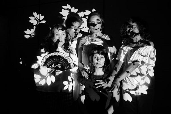 As atrizes do espetáculo mineiro fazem parte da cena artística brasiliense (André Santangelo/Divulgação)