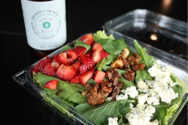 As saladas são um ponto forte do menu do Club Life To Go (Club Life To Go/Divulgação)