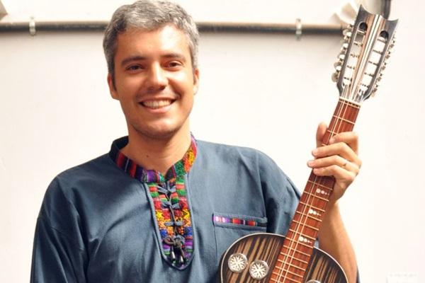 João Santana ministrará a oficina de cordel nesta sexta-feira (28), a partir das 14h (Estefânia Dália/Divulgação)