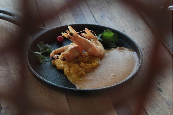 O chef Vandré César, do NAU, criou pratos especiais para o mês de outubro (Marilia Lima/Esp. CB/D.A Press)