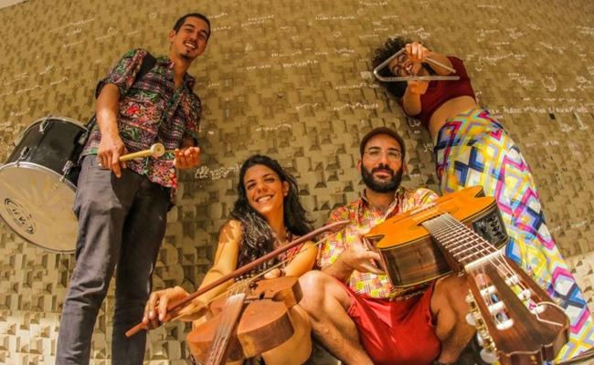 Grupo Forró do B é a grande atração da edição de amanhã do projeto Forró DoBrado (Divulgação/Webert da Cruz)