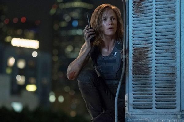 Personagem de Jennifer Garner não vai medir esforços para fazer justiça pelo assassinato do marido e da filha (Reprodução/Internet)