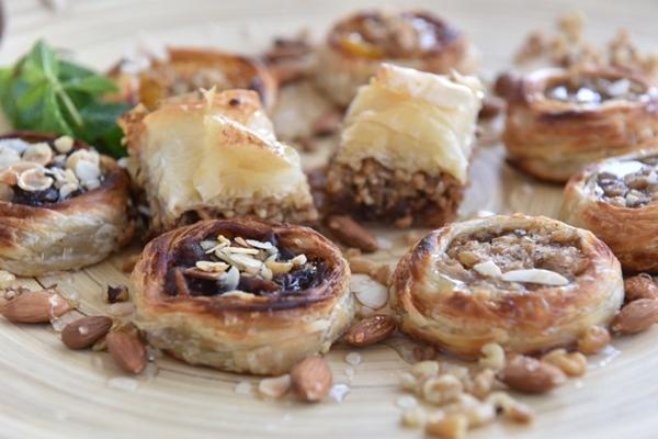 A massa folhada da sobremesa árabe belewa é fina e delicada (Zuleika de Souza/CB/D.A Press)