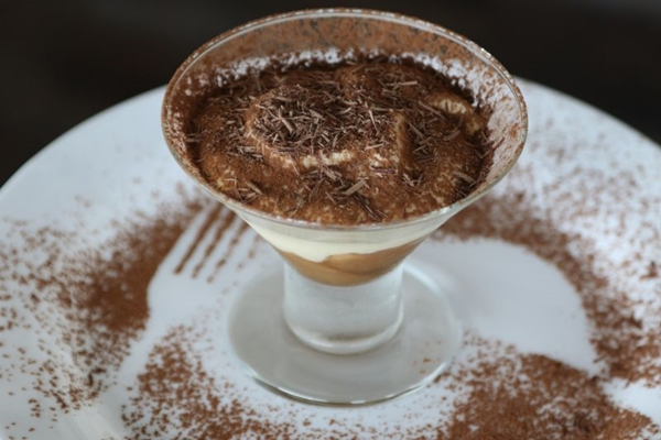 O tiramissú tem sabores fortes e agradáveis, além de não ser muito doce  (Rodrigo Nunes/Esp. CB/D.A Press )