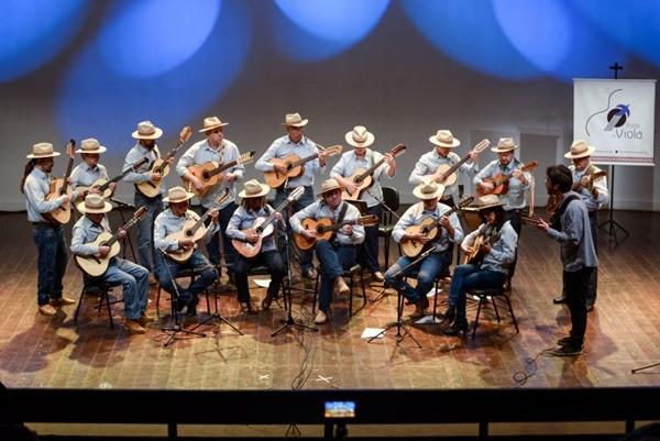 Repertório da Orquestra Roda de Viola de Brasília terá clássicos como 'Luar do sertão' (LR Fernandes/Divulgação)