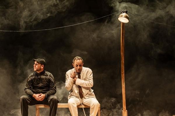 'Noctiluzes' apresenta um olhar pacifista para questões como intolerância  (Diego Bresani/Divulgação)