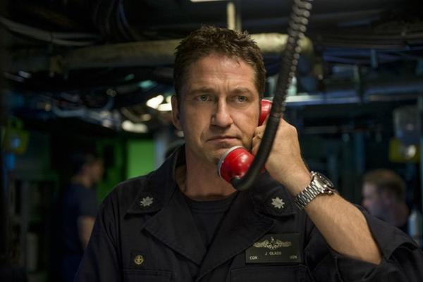 Gerard Butler vive um capitão americano em 'Fúria em alto mar'  (Reprodução/Internet)