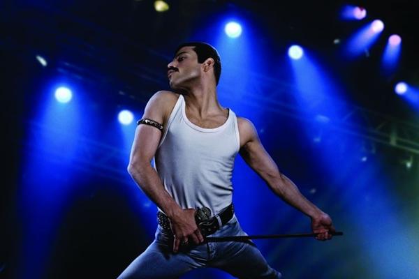Rami Malek se esforça, mas não decola em filme esperado pelos fãs do Queen (Reprodução/Internet)