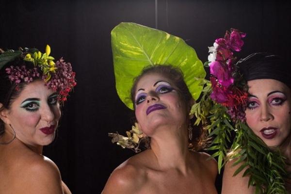 A nova alma feminina é tema da comédia 'Três mulheres baixas' (Alexandre Ribondi/Divulgação)