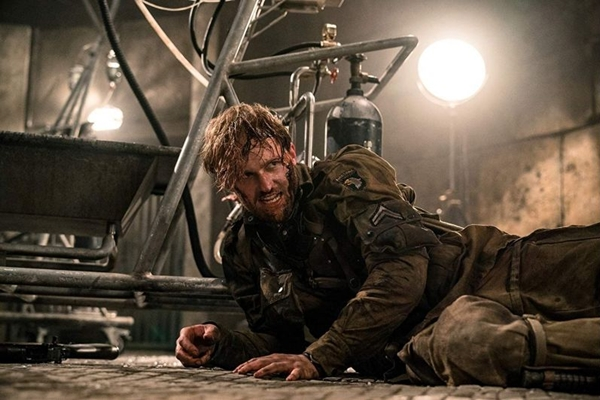 Em 'Operação Overlord', uma tropa americana descobre que corpos estão sendo reanimados em laboratório nazista (Paramount Pictures/Divulgação)