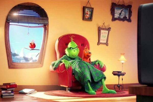 O Grinch, em duas versões: com a voz de Lázaro Ramos ou com o timbre de Benedict Cumberbatch, já nos cinemas (Universal/Divulgação)