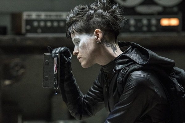 Claire Foy é a nova protagonista da continuação da saga (MGM/Divulgação)