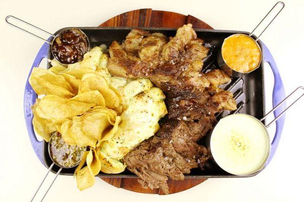 A fraldinha bovina é a opção do restaurante Companhia do Churrasco (Samuel Barros/Divulgação)