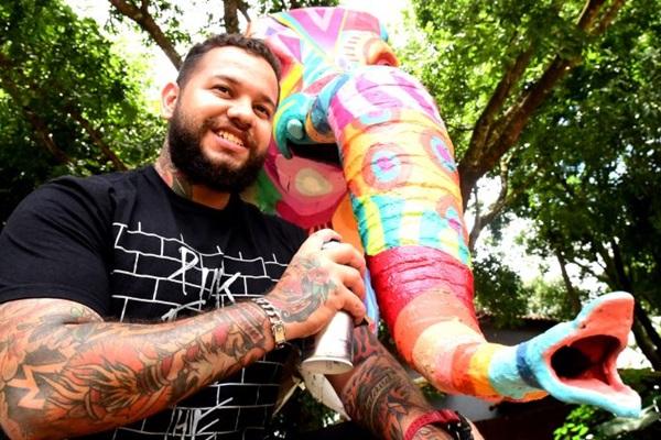 O grafiteiro Daniel Toys será uma das atrações do evento com pintura ao vivo para o público (Antonio Cunha/CB/D.A Press)