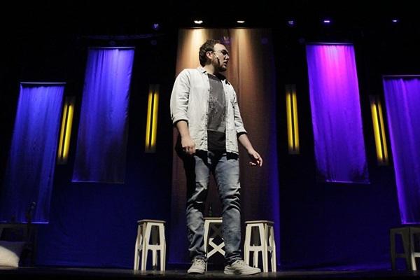 Fred Elboni: %u201CÉ uma comédia que fala de dedo podre%u201D (Stephano Lee/Divulgação)