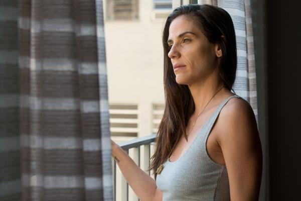 'Intimidade entre estranhos' tem o brasiliense Matheus Souza como corroteirista  (Reprodução/Internet)