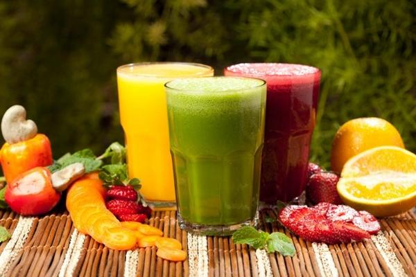 A Fast Nature tem uma linha de sucos com opções para quem quer hidratação, desintoxicação ou energia (Vitor Schetti/Divulgação)