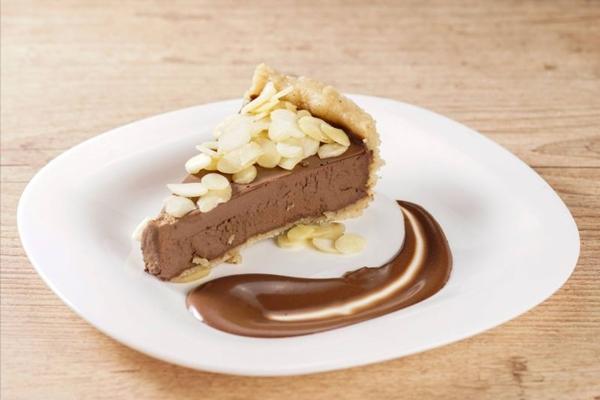A torta trufada vegana da Bio Smart Food não leva açúcar na receita (Bio Smart Food/Divulgação)