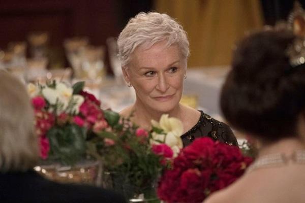 Cotada ao Oscar, Glenn Close levou o Globo de Ouro de melhor atriz dramática (Reprodução/Internet)