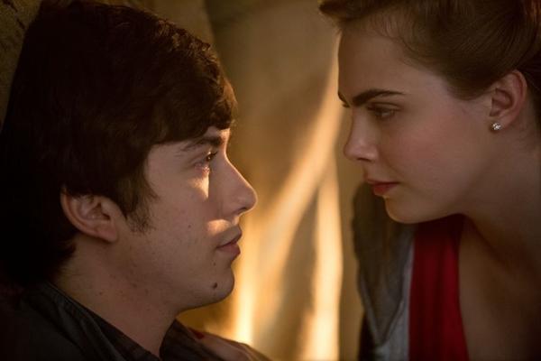A comédia romântica 'Cidades de papel' é atração de sexta (18/1), no Telecine Touch (20th Century Fox/Divulgação)
